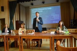 Juliane Renno, HYPOS e. V.; Simone Kaiser, Frauenhofer CeRRI; Landrat Graichen; Gesine Sommer, Stabstelle Landrat/Wirtschaftsförderung. Foto: Tina Neumann