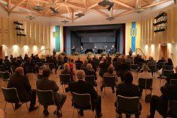 """Mit Corona-Abstand: Festkonzert """"30 Jahre Deutsche Einheit"""" mit dem Quintett der Sächsischen Bläserphilharmonie im Großen Saal des Heide Spa Bad Düben. Foto: LRA/Seidler"""