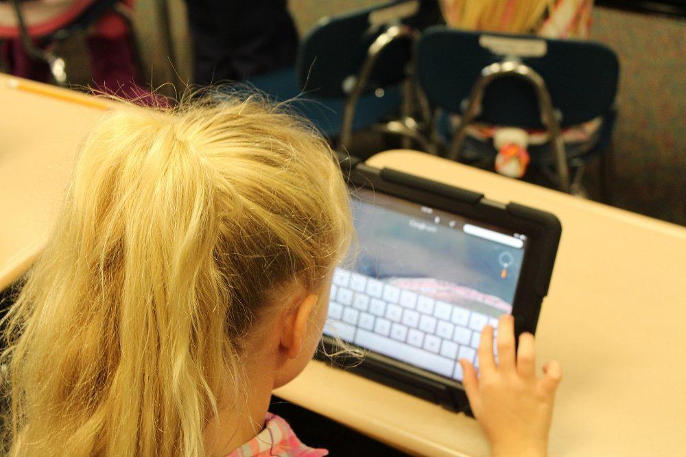 In Corona- und Homeschooling-Zeiten wurde deutlich, wie wichtig der Zugang zur digitalen Welt gerade für Kinder und Jugendliche ist. © Pixabay