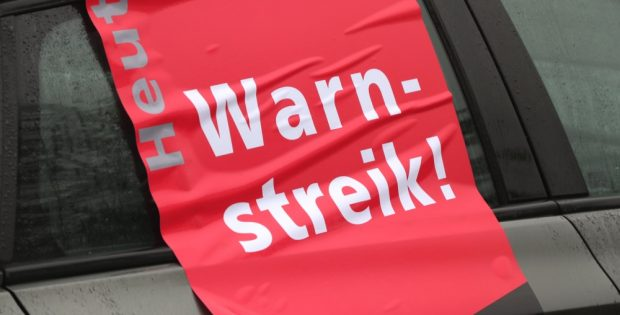 Noch ist es nur ein Warnstreik - offen also ob es nach der nächsten Verhandlungsrunde in eine noch größere Aktion mündet. Foto: L-IZ.de