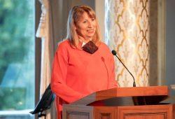 Staatsministerin Petra Köpping spricht bei der Verleihung der Annen-Medaille © SMS/Killig