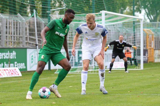 Torjäger Stephane Mvibudulu blieb heute ohne eigenen Treffer. Foto: Jan Kaefer