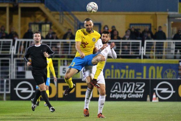 Auch Djamal Ziane steuerte wieder einen Lok-Treffer bei. Foto: Jan Kaefer