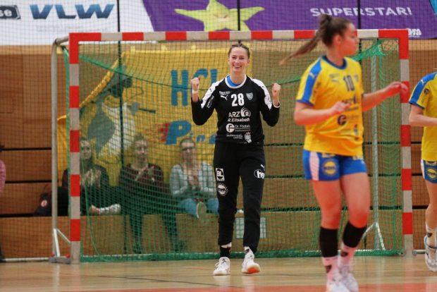 HCL-Torhüterin Anja Kreitczick kam aus dem Strahlen gar nicht mehr heraus. Foto: Jan Kaefer