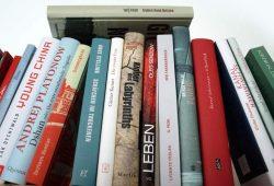 Kein Leben ohne Bücher. Foto: Ralf Julke