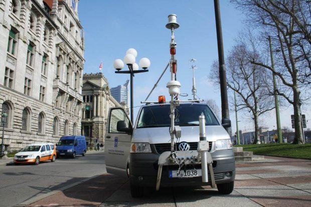 War zur Stadtklimamessung 2016 in Leipzig: das Messfahrzeug des Deutschen Wetterdienstes. Foto: Ralf Julke