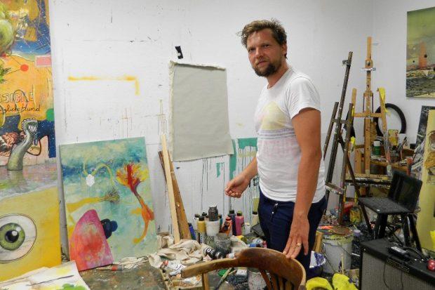 Philipp Orlowski in seinem Atelier, Foto: Orlowski 2020.