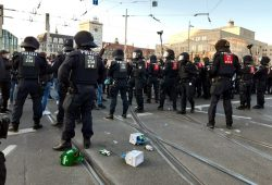 "Schon am 7. November gab es ""Antifa-Hurensöhne-Gesänge"" bei der ""Querdenken""-Kundgebung. Foto: L-IZ.de"