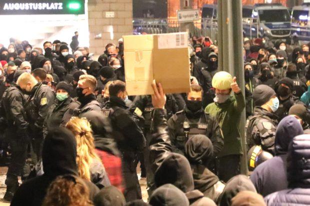Die realen Mehrheiten in Leipzig sehen auf Demos rechtsesoterischer Wahnwichtel wohl schon immer eher so aus. Foto: L-IZ.de