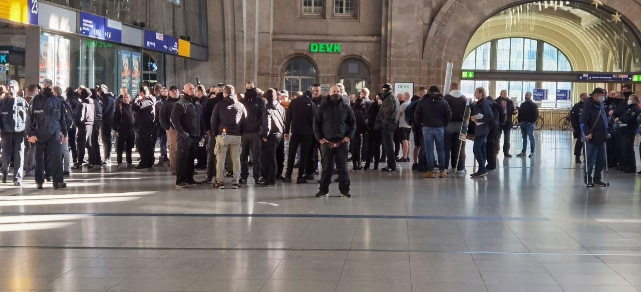 Einfach nur Corona-Maßnahmen-Kritiker. Wirklich. Foto: L-IZ.de