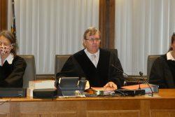 Auch für ihn kein einfaches Verfahren: Der Vorsitzende des Schwurgerichts, Hans Jagenlauf. Foto: Lucas Böhme