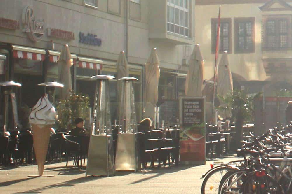 Freisitz in der Katharinenstraße. Foto: Ralf Julke