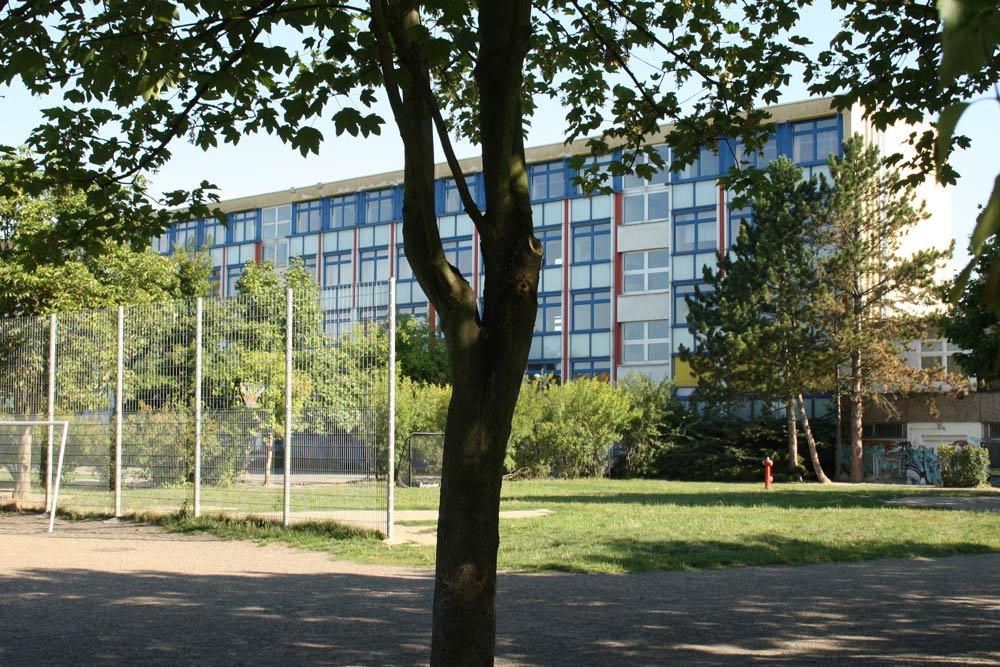 Die Paul-Robeson-Schule am Jungmannweg. Foto: Ralf Julke