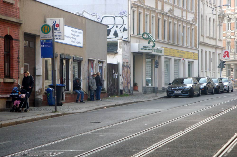 Georg-Schwarz-Straße kurz vor der Merseburger. Foto: Gernot Borriss