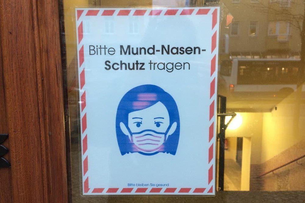 Mit Maske schützt man auch die anderen. Foto: L-IZ.de