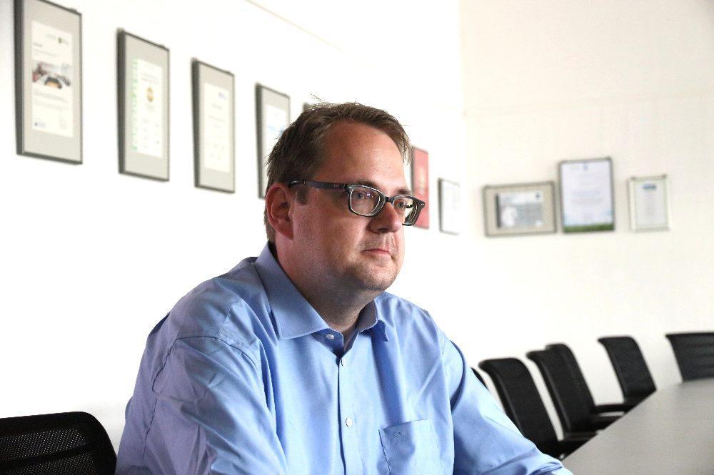 Bundestagsabgeordneter Sören Pellmann drängt darauf, dass dringend anstehende Probleme gelöst werden müssen. © Michael Freitag