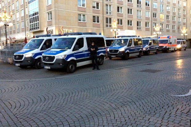 Viel Zeit heute in Leipzig. Ob er gerade den Ticker dei L-IZ.de liest? Foto: L-IZ.de