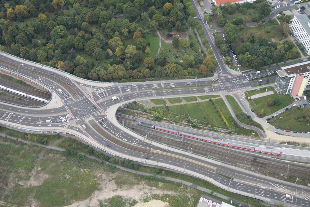 Die Berliner Brücke aus der Vogelperspektive. Foto: Matthias Weidemann