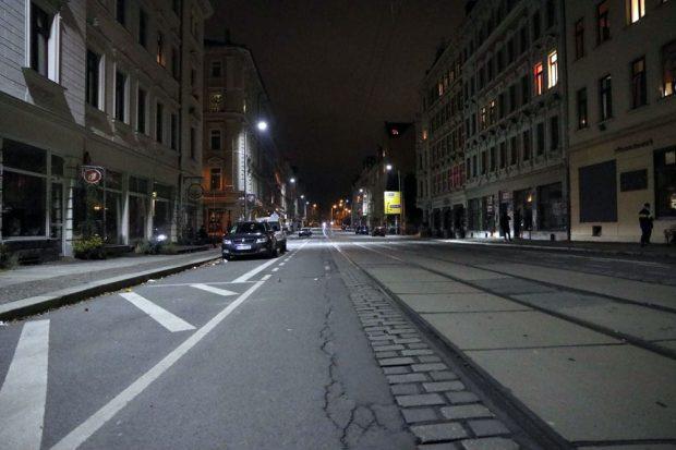 Die Wolfgang-Heinze-Straße etwa 23:30 Uhr.Foto: L-IZ.de