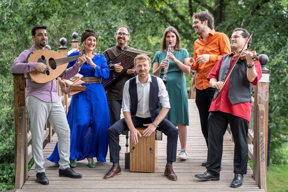 Das Ensemble Klänge der Hoffnung. Foto: Roland Quester