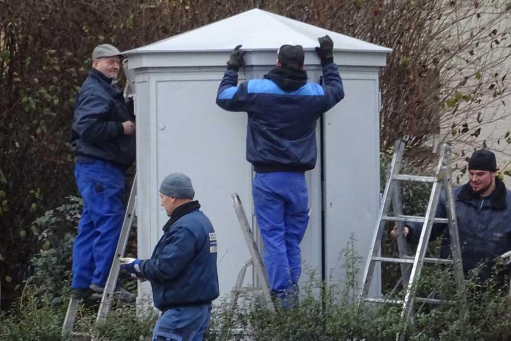 Montage des restaurierten Verteilers am 15. Dezember. Foto: Uwe Buckendahl