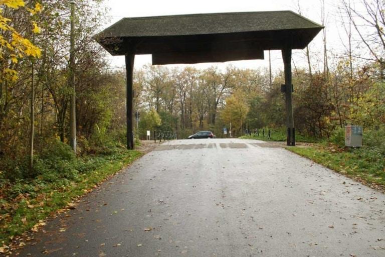 Eingang des Wildparks an der Koburger Straße. Foto: Ralf Julke