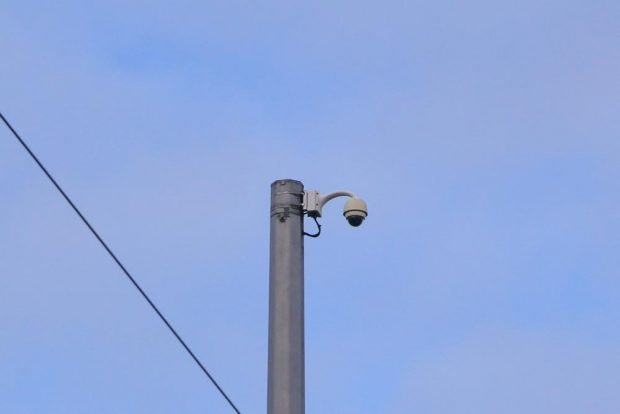 Videoüberwachung am Connewitzer Kreuz. Foto: Martin Schöler