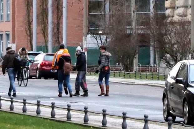 Huch ein Pressefotograf! Um ca. 14:40 Uhr und noch immer kein Trumpmarsch in Sicht. Foto: L-IZ.de