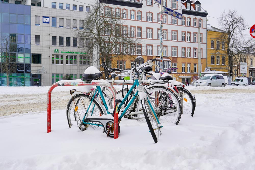 Winterchaos in Leipzig-Connewitz. Foto: Martin Schöler
