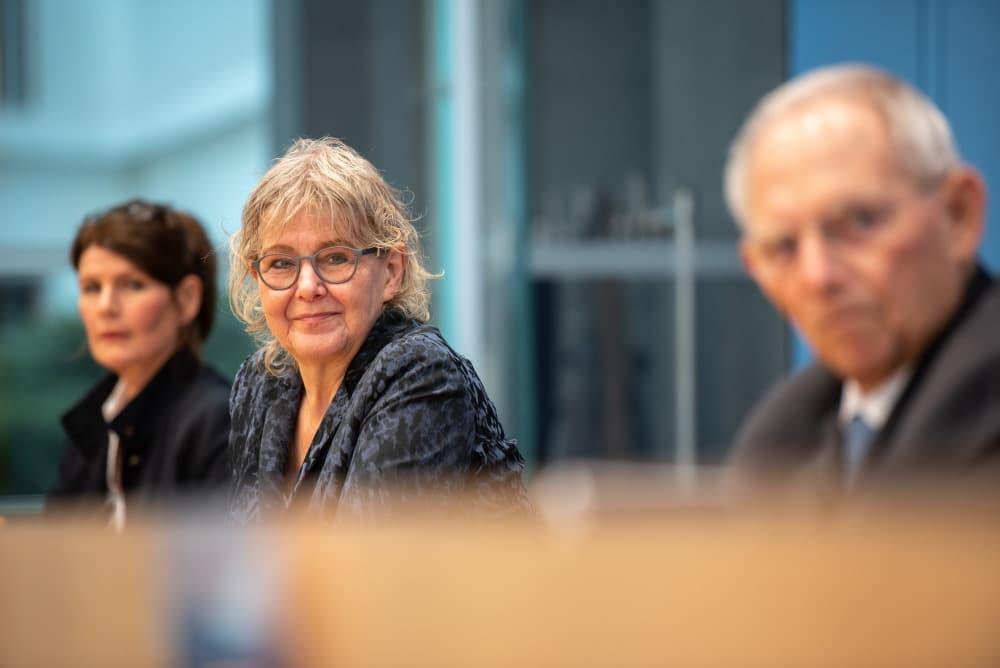 Eröffnungspressekonferenz am 13. Februar mit Marianne Birther und Wolfgang Schäuble. Foto: Mehr Demokratie e.V.