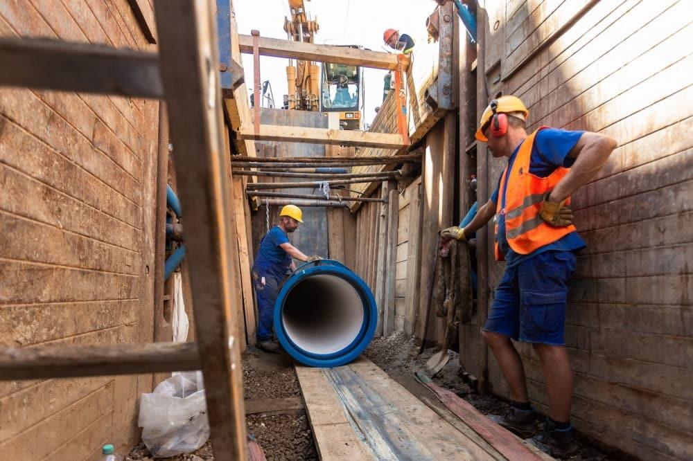 Rohreinzug einer Trinwasserleitung Foto: Leipziger Gruppe