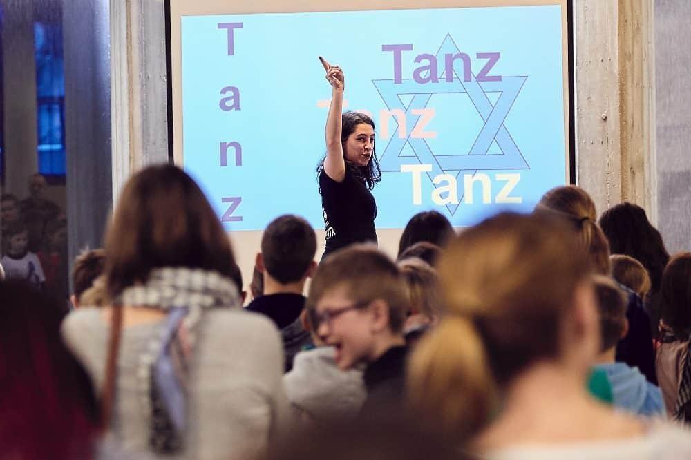 """Schulprojekt """"Wir feiern, singen, tanzen!"""" Foto: Daniel Reiche"""