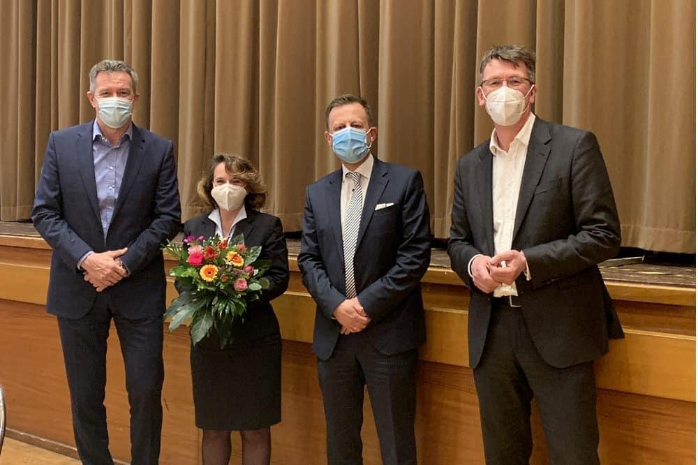 Aufsichtsrat bestellt LVB-Arbeitsdirektorin, v.l.n.r.: Ronald Juhrs, Katrin Lukus, Torsten Bonew, Ulf Middelberg. Foto: Leipziger Gruppe