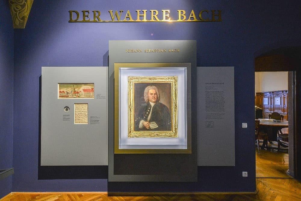 """Porträtgemälde """"Johann Sebastian Bach"""" von Elias Haussmann von 1746 in der ständigen Ausstellung im Alten Rathaus des Stadtgeschichtlichen Museums Leipzig © SGM, Foto Markus Scholz"""