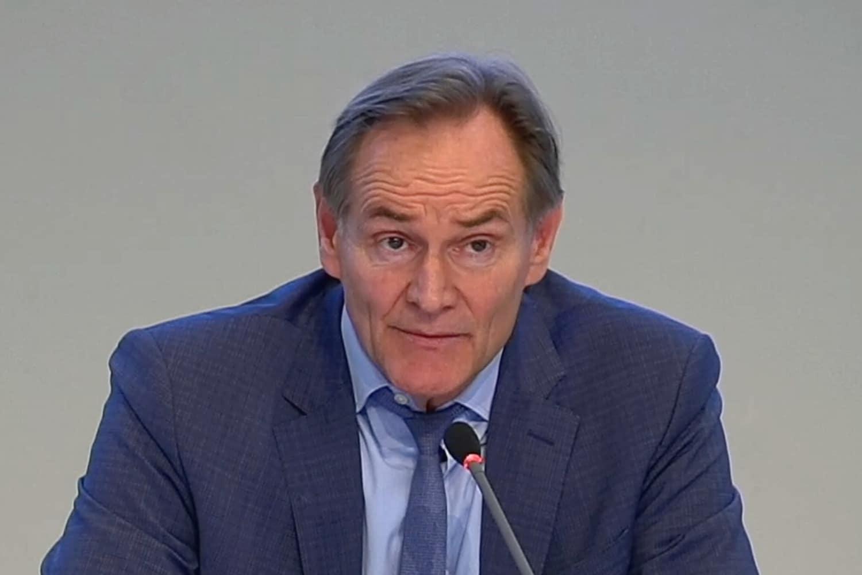 Burkhard Jung musste heute im Stadtrat die Ladenschließungen für bestimmte Branchen verkünden. Foto: Livestream Stadt Leipzig