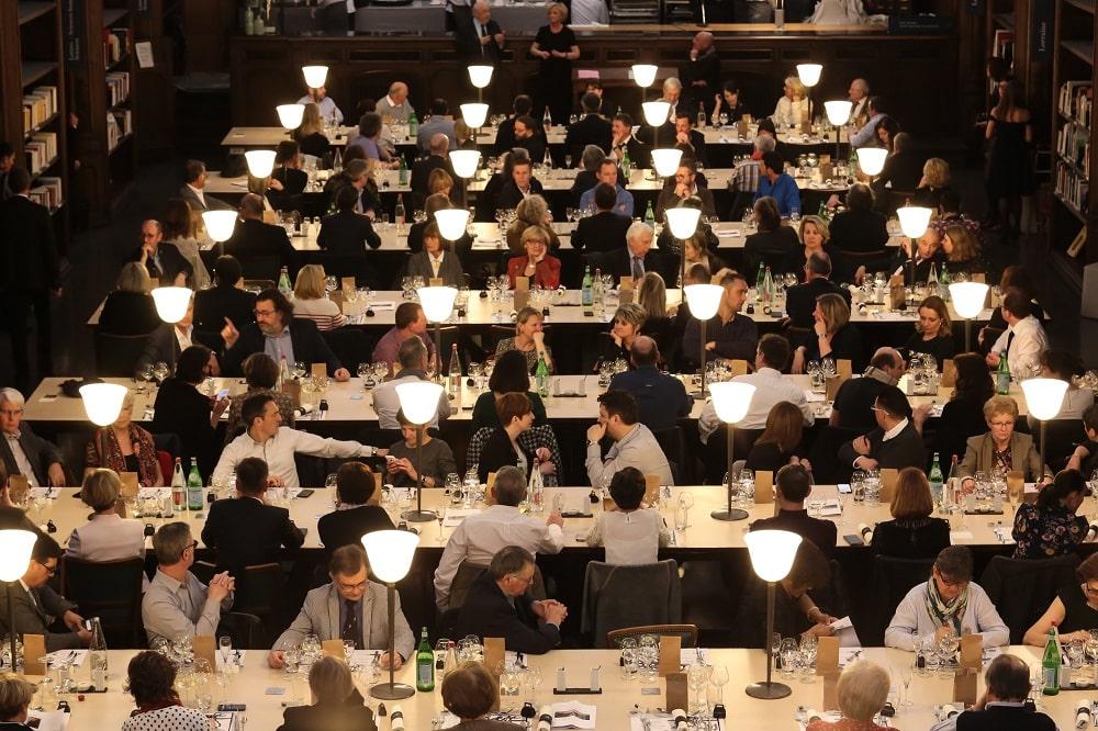 Die Gastronomie ist dank Servicekräften ein Genuss für die Gäste. Foto: Bibliotheques de Nancy Flickr