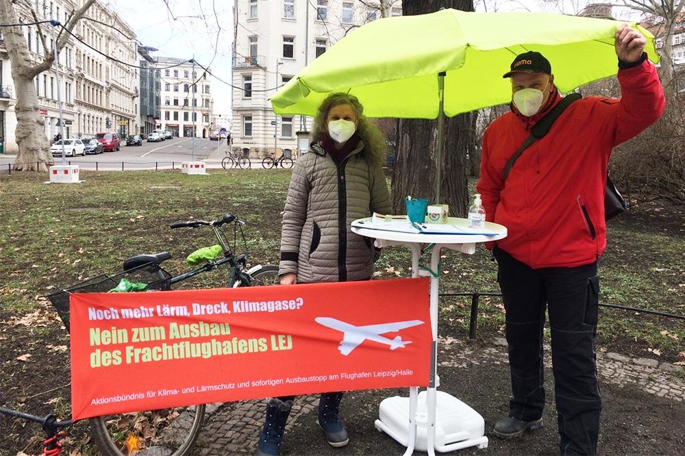 Der Ausbau des Flughafens Leipzig/Halle wird von Umweltverbänden und Klimagruppen oftmals kritisiert. Foto: LZ