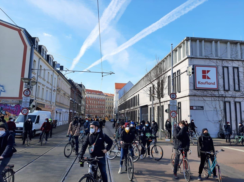Blick Richtung Lindenauer Markt kurz vor der Abfahrt. Foto: Privat