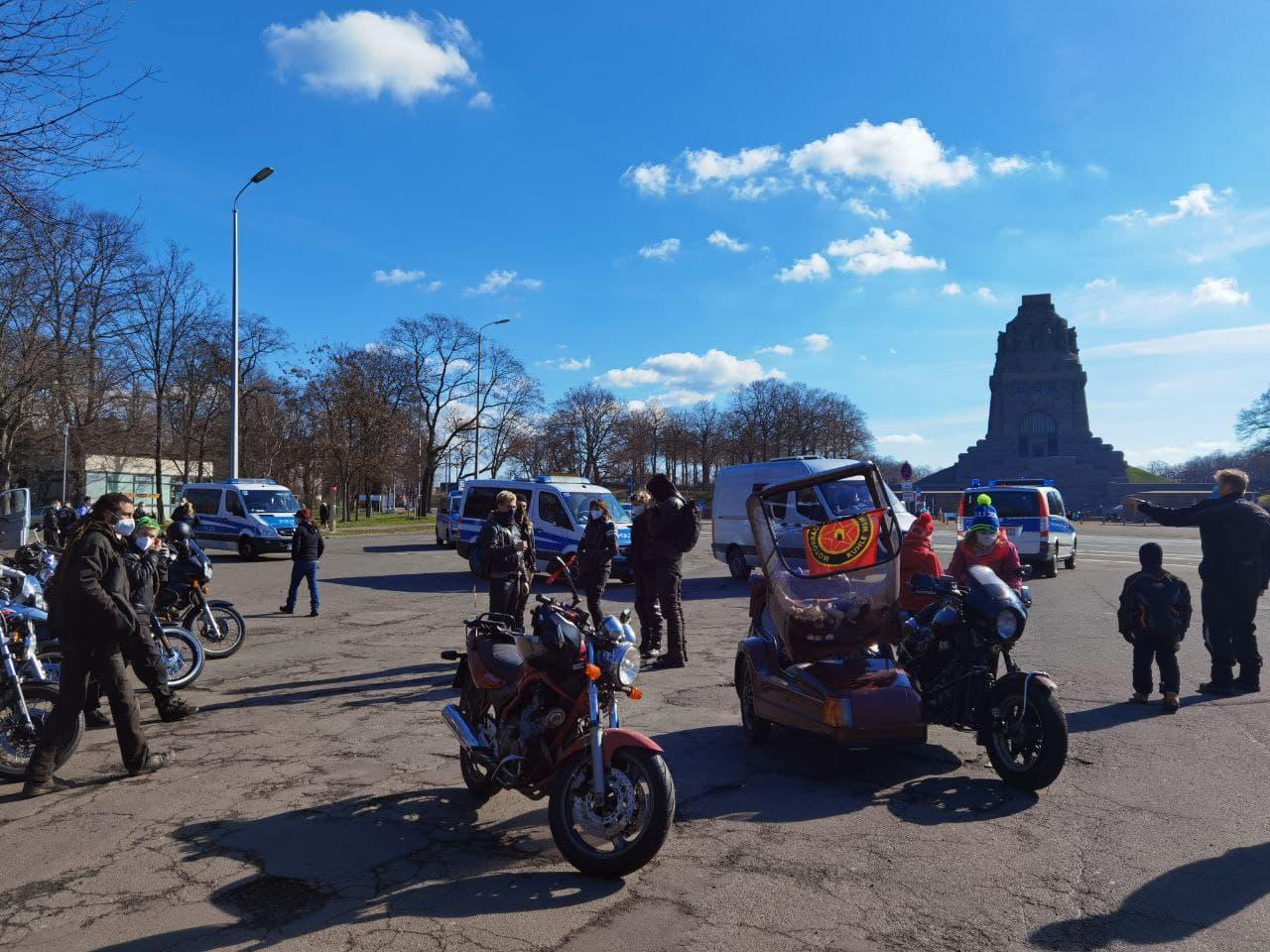 Kurz nach 11 Uhr am Völkerschlachtdenkmal. Foto: Tilly Domian