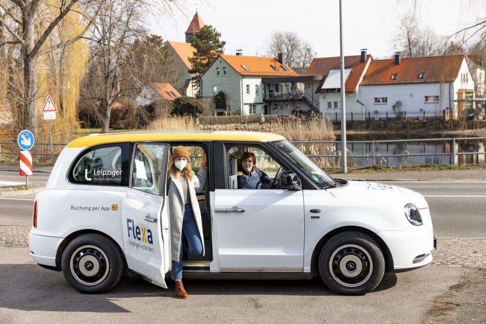 Kundin ist mit Flexa in Südost unterwegs. Foto: Leipziger Gruppe