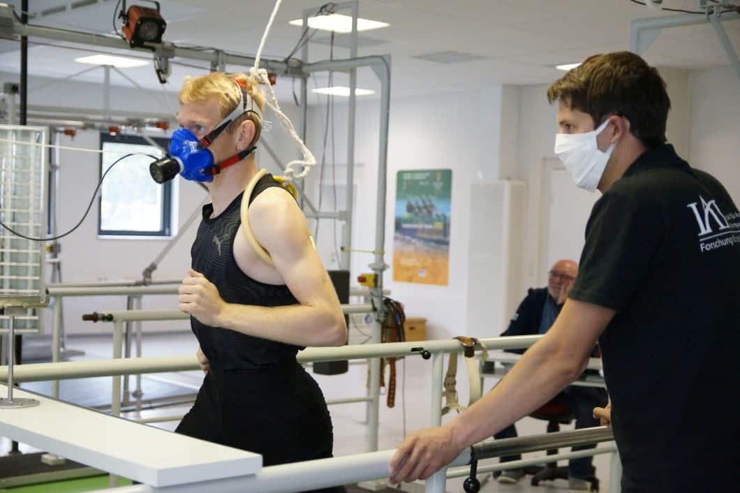 Am IAT Leipzig werden Spitzensportler/-innen buchstäblich auf Herz und Nieren untersucht. Foto: IAT Leipzig