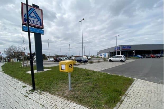 Der Postkasten vom Hugo-Jäckel-Platz befindet sich nun direkt am Aldi. Foto: Stadtverwaltung Eilenburg