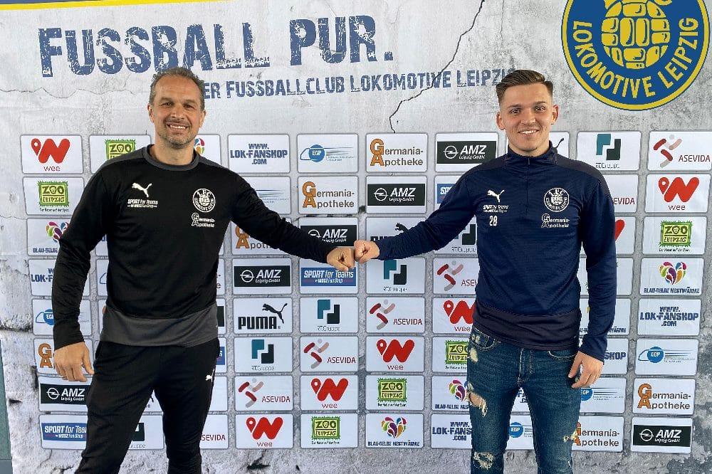 Damir Mehmedovic mit Cheftrainer Almedin Civa. Foto: 1. FC Lokomotive Leipzig