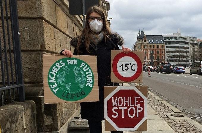 Charlotte Simonyi nahm mit den Teachers for Future am 19. März am globalen Klimastreik in Leipzig teil. Foto: Sabine Eicker