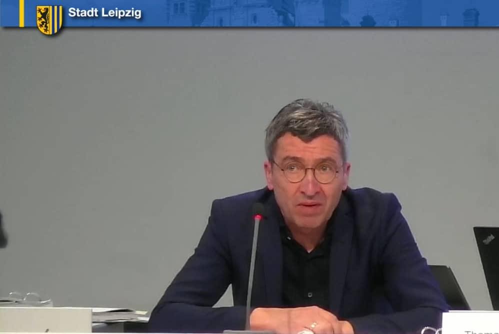 Thomas Dienberg in seiner Stellungnahme zum Grünen-Antrag. Screenshot: LZ