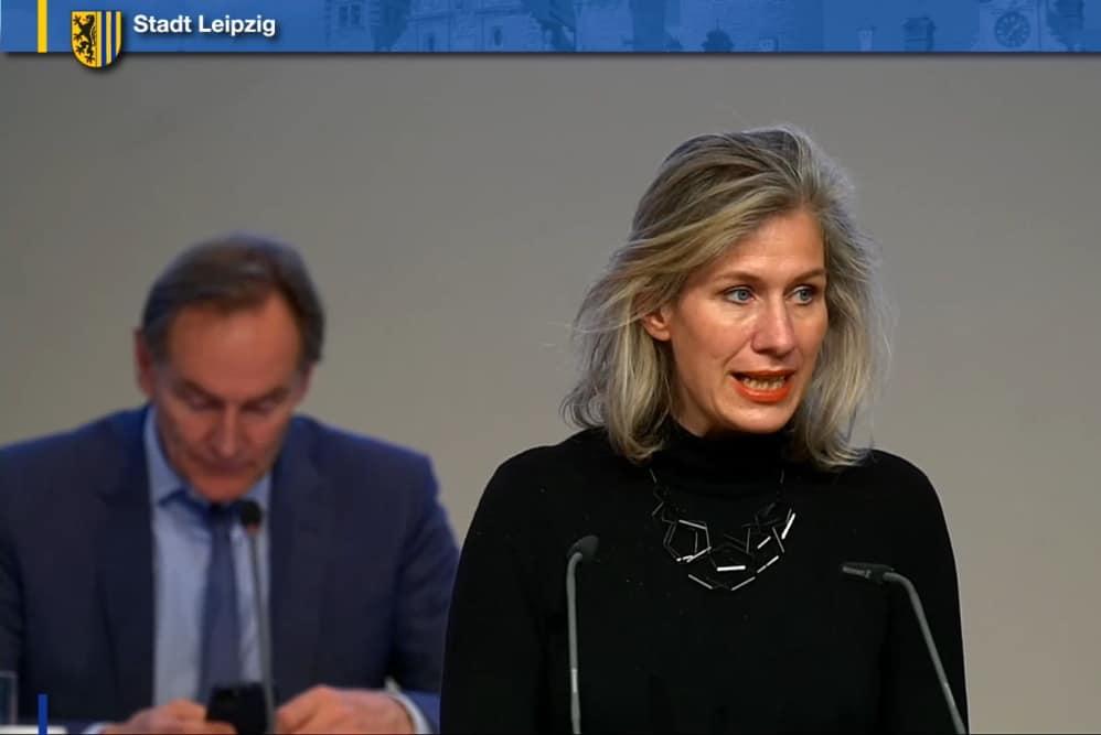 Katharina Krefft bei Einbringung des Antrag zur Punkwerkskammer. Screenshot: L-IZ