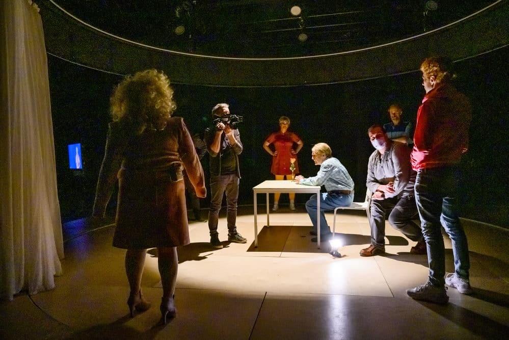 Widerstand. Probenfoto: Rolf Arnold / Schauspiel Leipzig