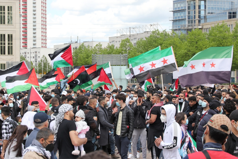 Palästina-Demo auf dem Augustusplatz nachdem die Pro-Israel-Demo beendet war. Foto: LZ