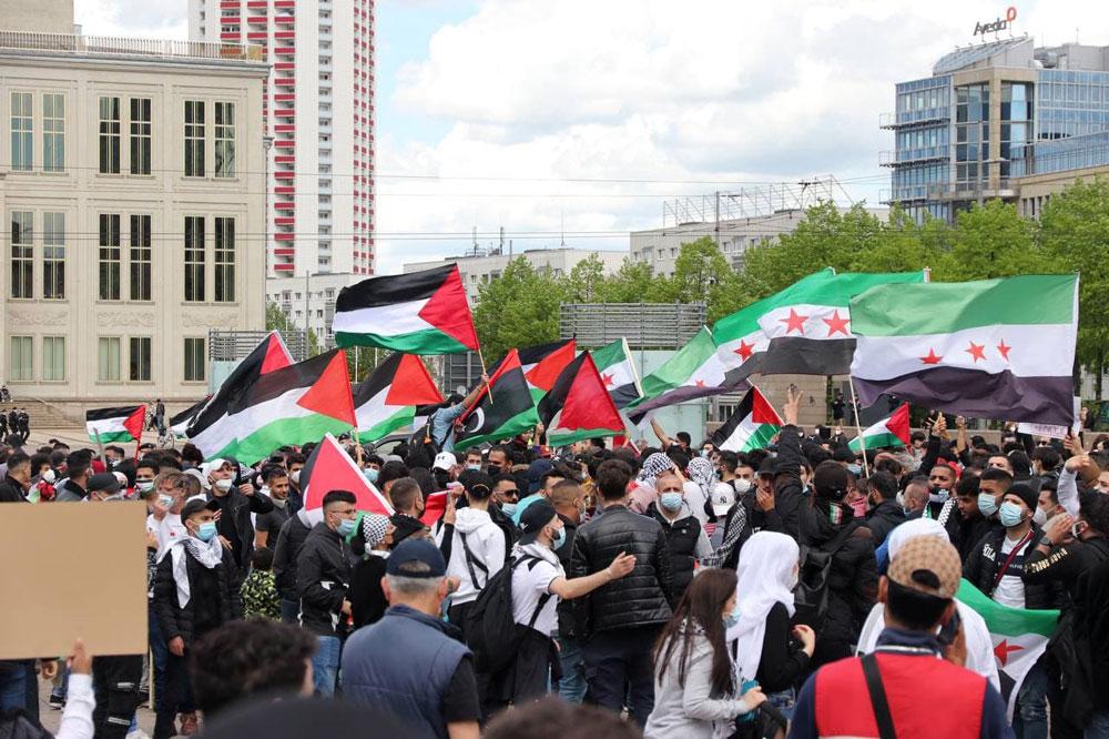 Die pro-Palästina-Demo ab etwa 14:30 Uhr. Foto: LZ