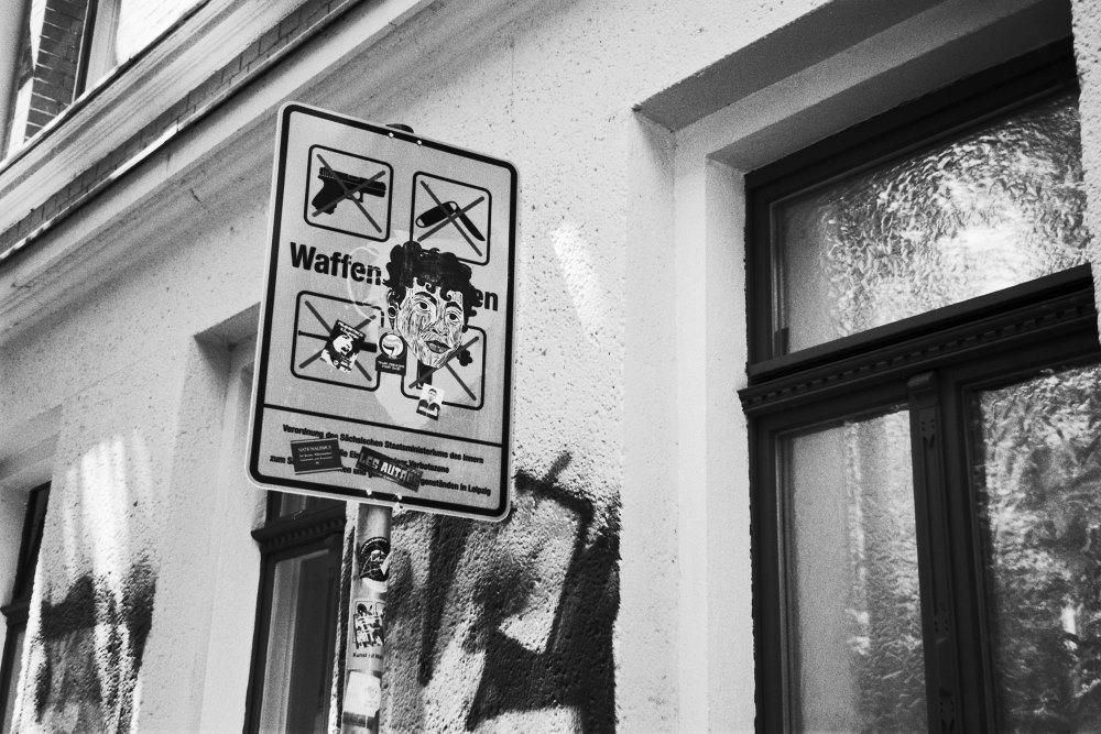 """Foto aus dem Projekt """"Gefährlicher Gegenstand: Eisenbahnstraße"""". Foto: unofficial.pictures"""